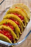 Tacos con los tomates Imagenes de archivo