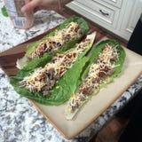 Tacos d'enveloppe de laitue Photos stock