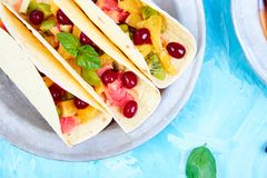 Tacos de fruit Casse-croûte d'été Photo stock