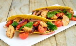 Tacos de galinha imagem de stock