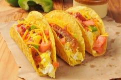 Tacos frescos del desayuno foto de archivo libre de regalías
