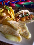 Tacos messicano con i nachos fotografie stock