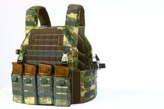 Tactisch Vest voor leger met kogelvrij en munitie stock foto