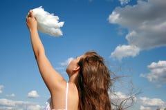 Tacto de las nubes fotos de archivo libres de regalías