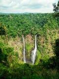 Tad Fan vattenfall, den mest högväxta vattenfallet i Laos Royaltyfri Bild