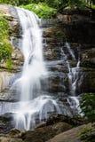 Tad Mork wody spadek w Maerim, Chiangmai Tajlandia Fotografia Royalty Free