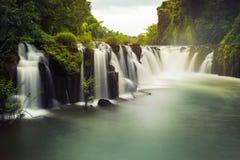 Tad Pha Souam vattenfall Arkivbild
