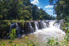Tad Pha Souam vattenfall i Pakse Arkivfoton