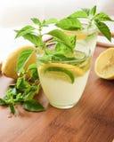Tadellose Limonade an einem Sommertag Stockfotografie