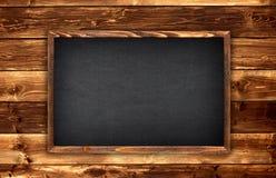 Tafel auf Holz lizenzfreies stockfoto
