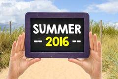 Tafel mit Sommer 2016 Stockfotografie