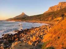 Tafelberg- und Löwehauptbucht Stockfoto