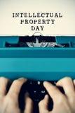 Tag des geistigen Eigentums des Textes getippt Lizenzfreie Stockfotografie