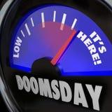 Tag des Jüngsten Gerichts-Uhr-Messgerät ist es hier Ende der Tageszeit Lizenzfreie Stockfotos