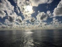 Tag in Meer Stockbild
