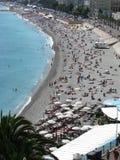 Tag am Strand in Nizza, Frankreich Lizenzfreies Stockfoto