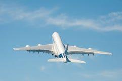 Tagande-av för flygbuss A380 Royaltyfri Fotografi