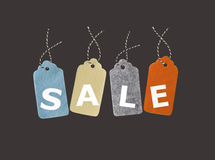 Tage di vendita Etichette del regalo isolate su fondo nero Fotografia Stock