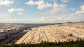Tagebau Hambach: lapso de tiempo del lignito de la mina a cielo abierto almacen de video