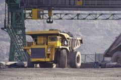 Tagebaugrube auf Extraktion Stockfoto
