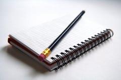 Tagebuch und Bleistift Stockfoto