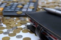 Tagebuch und Geld Stockbilder