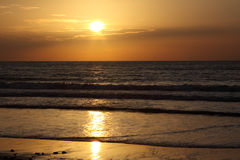 Tagesanbruch auf einem Meer. Stockfotografie