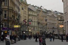 Tagesansicht von Graben-Straße in Wien Ende des Nachmittages Stockbilder