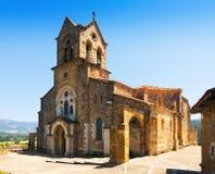 Tagesansicht von Kirche Sans Vicente Martir y San Sebastián Frias Stockbilder