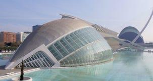 Tagesheller Panoramablick auf Stadt von berühmten Gebäuden 4k Spanien der Kunst stock video