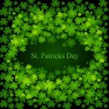 Tageshintergrund Str.-Patricks in den grünen Farben Stockfotos
