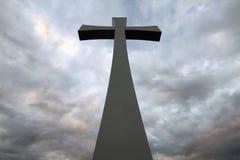 Tageskreuz Karfreitags-Ostern bewölkt Hintergrund Lizenzfreie Stockfotos