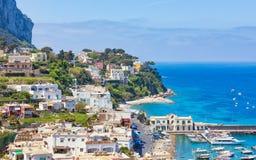 Tageslichtansicht von Marina Grande, Capri-Insel, Italien lizenzfreies stockfoto