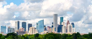 Tageszeit Houstons, tx Skylinestadtbild lizenzfreie stockbilder