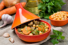 Tagine with beef, chickpeas and vegetables Royalty Free Stock Photography