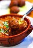 Tagine delizioso con le polpette marocchine fotografia stock