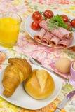 Tagli freddi 10 dell'uovo del pane della prima colazione Fotografia Stock
