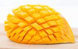 Tagli il mango maturo Fotografia Stock Libera da Diritti