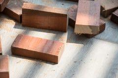 Tagli l'assicella di legno naturale immagini stock libere da diritti