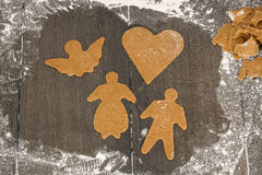 Tagli le figure del pan di zenzero Immagine Stock