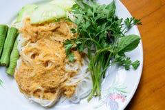 Tagliatella alimentare con curry o la tagliatella tailandese di stile Fotografia Stock Libera da Diritti