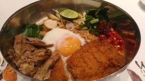 Tagliatella calda e piccante del curry Fotografie Stock