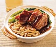 Tagliatella dell'anatra. alimento Asia immagini stock