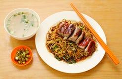 Tagliatella dell'anatra. alimento Asia fotografia stock