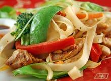 Tagliatella Stirfry del pollo Fotografia Stock
