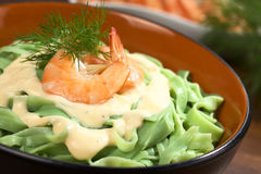 Tagliatelle με τη σάλτσα γαρίδων και κρέμας Στοκ φωτογραφία με δικαίωμα ελεύθερης χρήσης