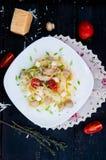Tagliatelle макаронных изделий с томатом Стоковые Изображения RF