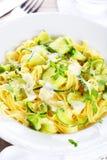 Tagliatelle com zucchini do bebê Fotos de Stock Royalty Free