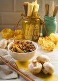 Tagliatelle del grano con le verdure Fotografia Stock Libera da Diritti