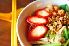 Tagliatelle del vegetariano di stile cinese fotografia stock libera da diritti